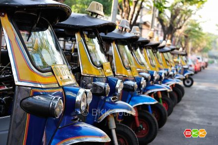 Using tuk tuks in Bangkok is a fun way to explore the city on our private Bangkok tours by local transport.