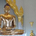 The world's biggest gold Buddha image weighs 5.5 tons at Wat Traimit